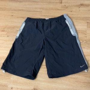 Nike short size medium men's